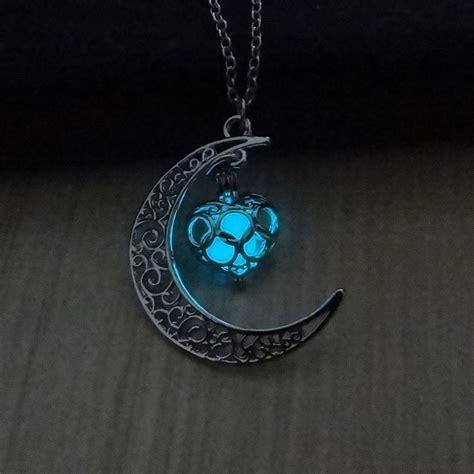 Fashion Moon Heart Glowing Necklace Turquoise Charm