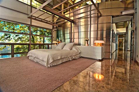 chambre des maitres moderne maison contemporaine de luxe à malibu avec superbe vue panoramique vivons maison