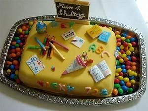 Torte Für Einschulung : enrollment cake ~ Frokenaadalensverden.com Haus und Dekorationen
