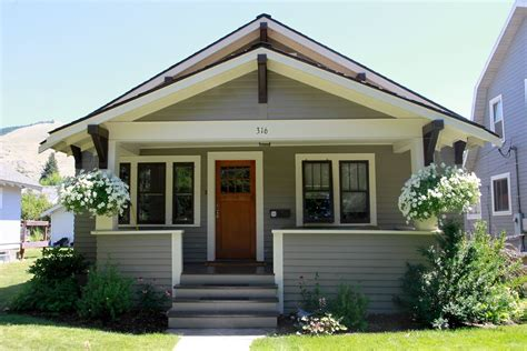 exterior paint palette light gray with cream and dark