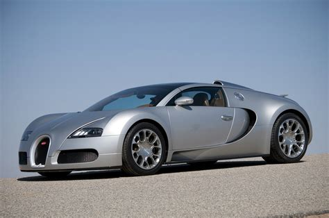 Bugatti Veyron Maintenance Price by Bugatti Says No Veyron But A Replacement Is Planned