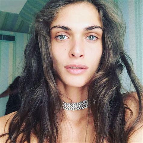 Elisa Sednaoui, Gli Hair Look Di Una Madrina A Venezia