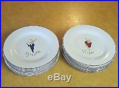 pottery barn reindeer plates pottery barn set of 12 reindeer dinner plates