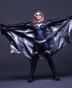 Batgirl May Be The Second DLC Character For Injustice