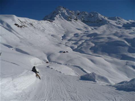 guide de station de ski de les contamines carte