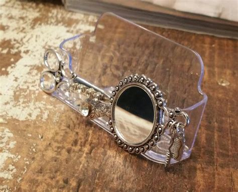Hairstylist Business Card Holder/mirror Mirror By Business Plan Example For Gym Cheap Cards Quick Delivery Proposal Distributorship Students Word Llc Sample Parts In Nigeria