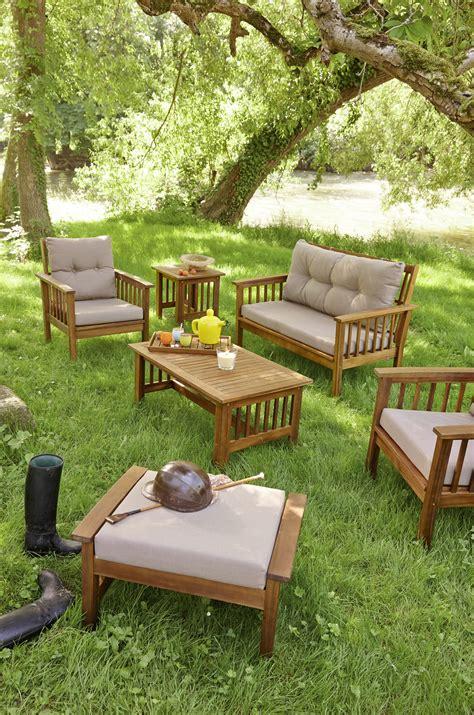 chaise de jardin carrefour emejing armoire de jardin carrefour pictures yourmentor