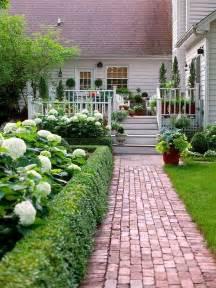 Boxwood & Hydrangeas
