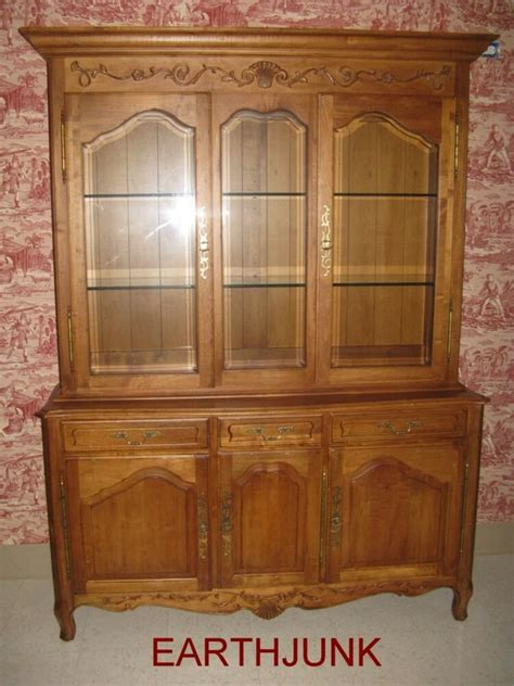 China Cabinet Ethan Allen - ethan allen legacy china cabinet carved wood beveled glass