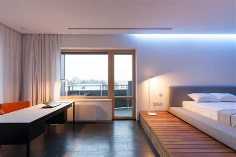 chambre ultra moderne lit estrade 6 raisons pour aimer le lit estrade