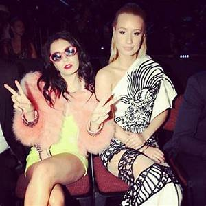 Celebrity Instagram and Twitter Pictures at 2014 MTV VMAs ...