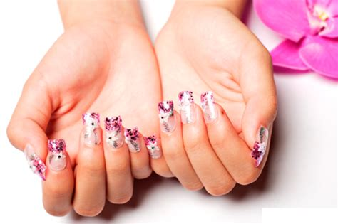 protocole de pose gel uv pour manucure tutoriel faux ongles calyste