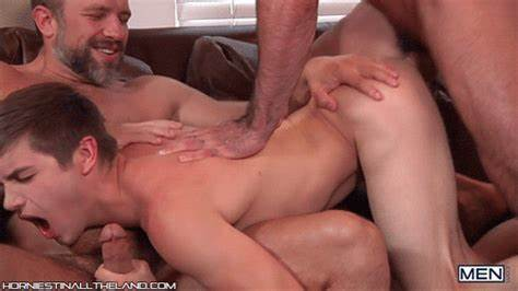 Blond Baby Natasha Latinos Fucks It Gently