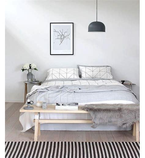 chambre blanche et grise les 25 meilleures idées de la catégorie chambre grise