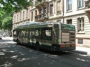 Renault Strasbourg : heckansicht eines renault bus in strasbourg vom selben typ gibt es auch welche in paris bus ~ Gottalentnigeria.com Avis de Voitures