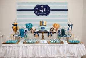 blue christening decoration idea cupcakes as party