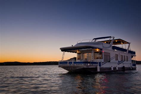 Lake Travis Overnight Boat Rental by Rent A Houseboat In At Lake Travis Houseboat Rentals