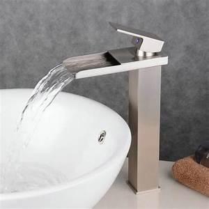 Robinet Lavabo Cascade : robinet cascade mitigeur en laiton carr mono levier de ~ Edinachiropracticcenter.com Idées de Décoration