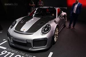 Porsche 911 Gt2 Rs 2017 : porsche 39 s latest hot race car comes to frankfurt 911 gt2 rs ~ Medecine-chirurgie-esthetiques.com Avis de Voitures