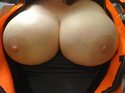 Big Tits By Iphone Dee From Canada Tit Flash Id 35993