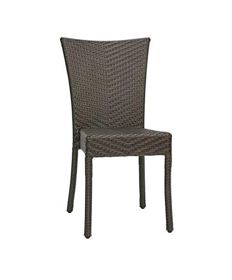 chaise tressée chaises d extérieur en résine tressée le mobilier du pro