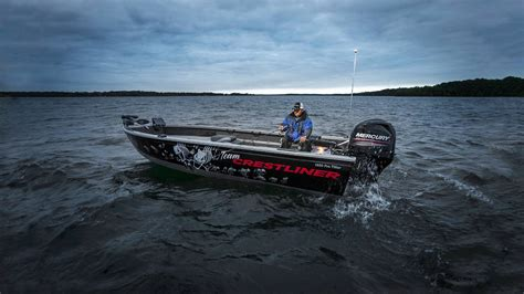 Proline Boats For Sale In Wisconsin by Pro Line New And Used Boats For Sale