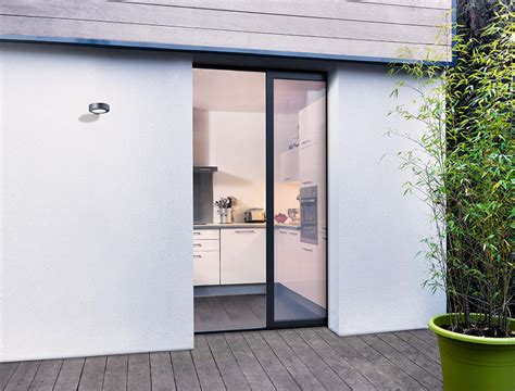 fenetre interieure dans cloison maison design bahbe