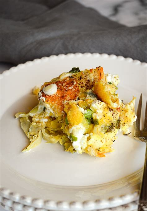 egg strata recipe with artichokes and goat cheese
