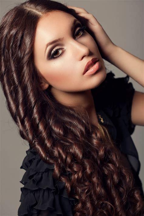 acconciature capelli lunghi tante idee  unestate al top