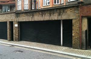 Would You Pay  U00a3500 000 For This  Garage In Tiny