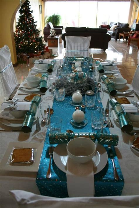 christmas table in turquoise and white
