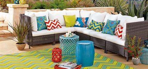 Summer Home Decor Trends  Jenna Burger