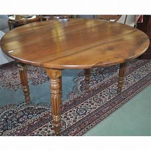 Table En Noyer : table poque louis philippe 6 pieds en noyer massif ~ Teatrodelosmanantiales.com Idées de Décoration