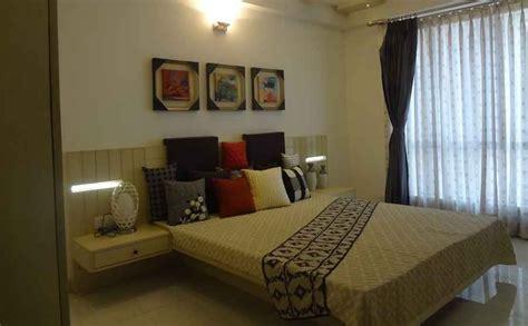 master bedroom  dim light  curtains design