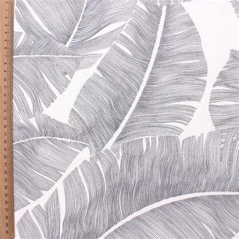 tissu dameublement feuillages exotiques gris