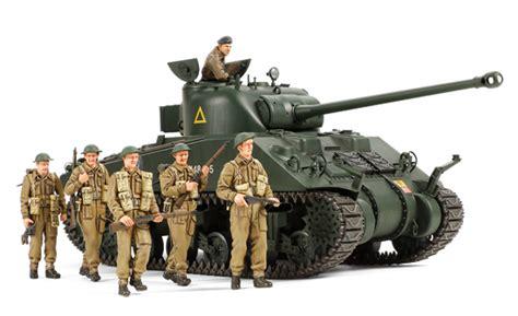 british tank sherman vc firefly  figures