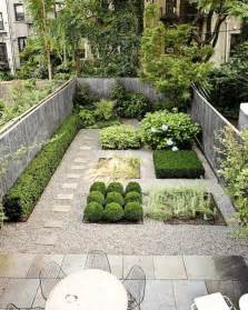 15 small yard landscaping ideas using imagination to highlight small spaces