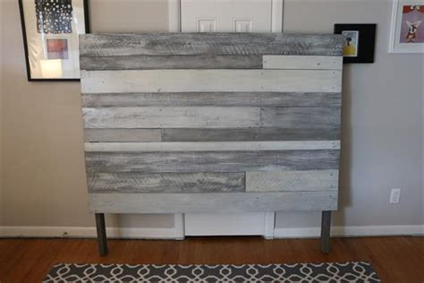 White Headboard Plans by Diy White Grey Pallet Headboard Pallet Furniture Plans