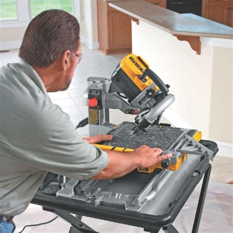dewalt tile saw with stand dewalt saw