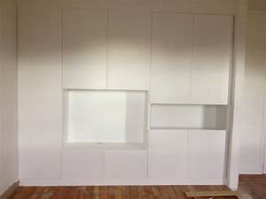 diy un mur de placards la clamartoise With faire un placard dans une chambre