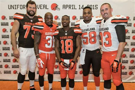 Cleveland Browns Unveil New Uniforms For 2015