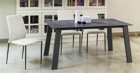 Tavolo Kalua 42.70 L.140 x P.90 tavoli moderni allungabili