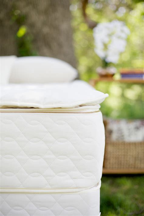 organic mattress topper how to choose organic mattress toppers pads protectors