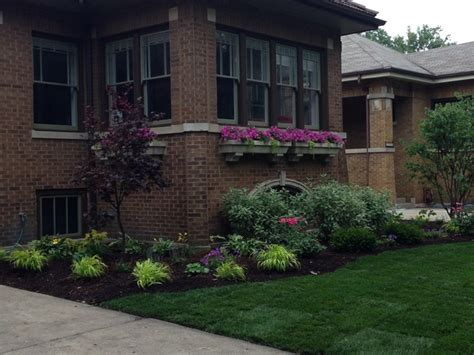 chicago landscaping ideas ravenswood manor bungalow craftsman chicago by taylor made landscape design inc