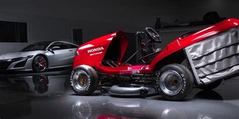 Worlds Fastest Honda by World S Fastest Lawn Mower With A Honda Cbr 1000rr Bike