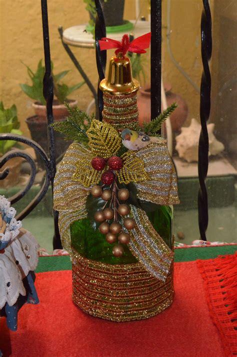botellas navide 241 as manualidades hayde 233 wine wine bottles y bottle crafts