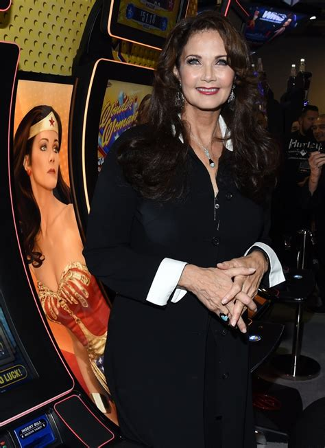 woman  lynda carter    san antonio