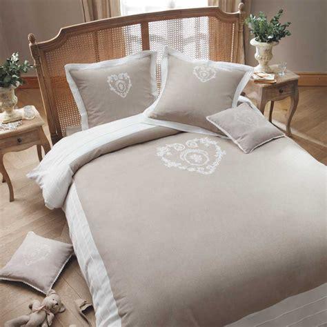 parure de lit 240 x 260 cm en coton beige camille