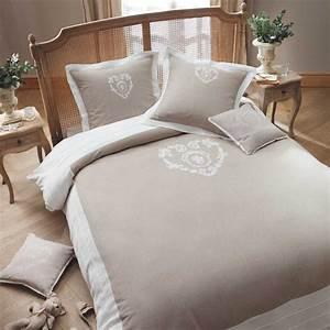 Parure De Lit Marbre : parure de lit 220 x 240 cm en coton beige camille maisons du monde ~ Melissatoandfro.com Idées de Décoration