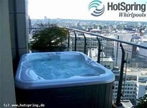 Whirlpool bad im garten 06 die gestaltungsidee fur den balkon for Whirlpool garten mit weber gasgrill klein balkon
